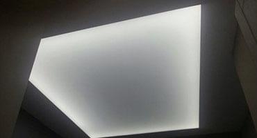 Натяжной потолок с подсветкой Минск