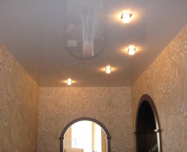 Натяжной потолок в коридор в Минске
