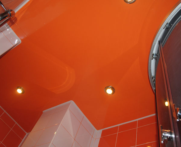Натяжной потолок в ванную в Минске