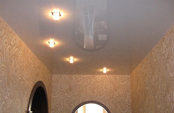 Натяжной потолок в прихожую в Минске