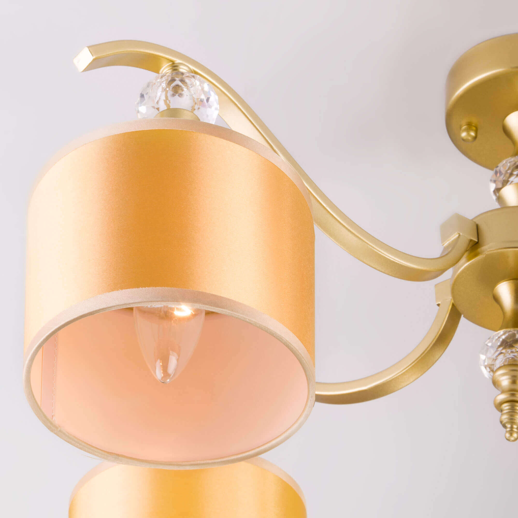 Купить потолочную люстру 60070/5 перламутровое золото в Минске