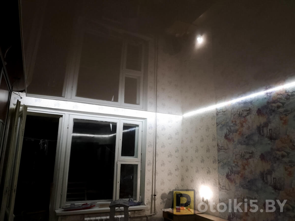 Готовый проект натяжного потолка - парящий потолок с глянцевым полотном
