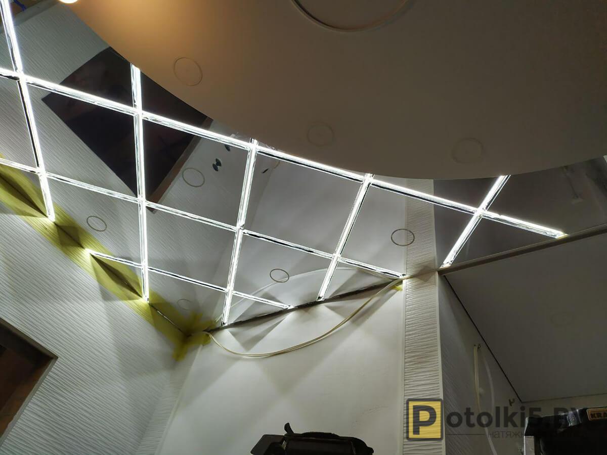 Зеркальный натяжной потолок в Минске